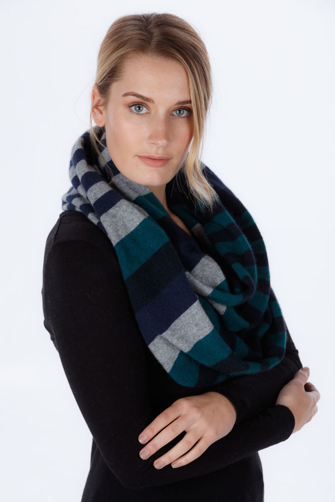 Picture of 4 Tone Loop Scarf